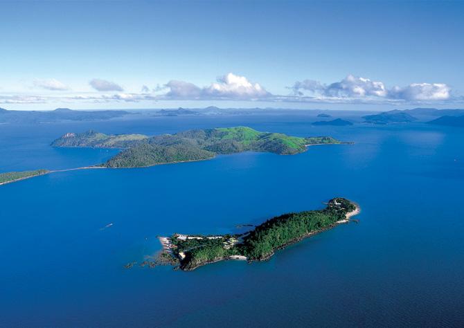 Queensland Australia Jobs Daydream Island...